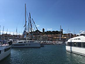 Salon nautique à flots Cannes Yachting Festival